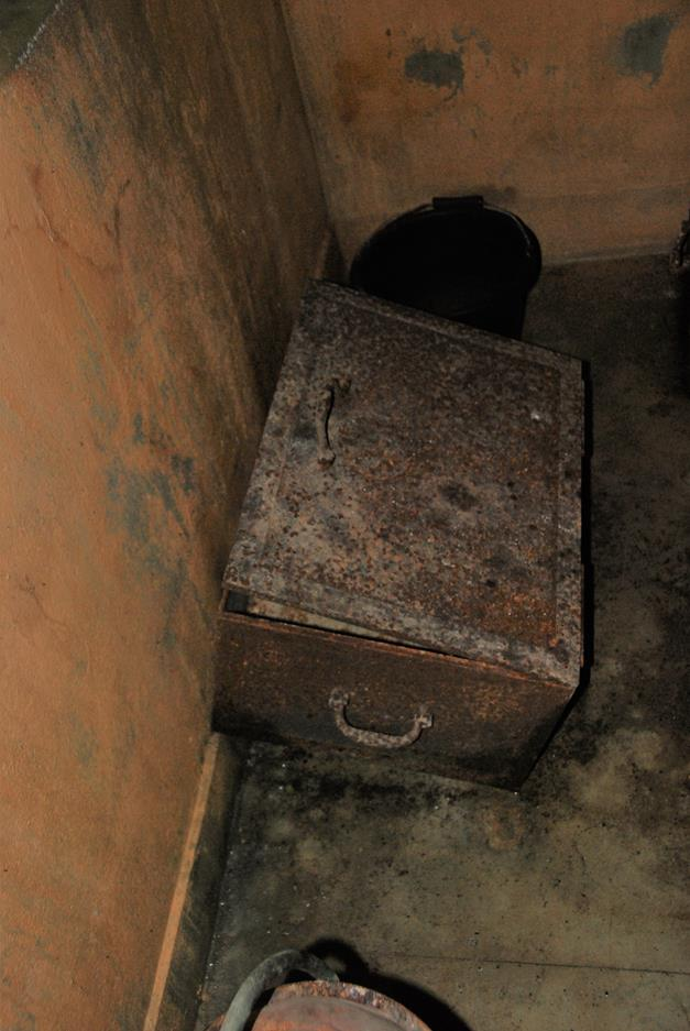 Image 22 - Scottish Treasury Chest (empty) in the Castle Keep